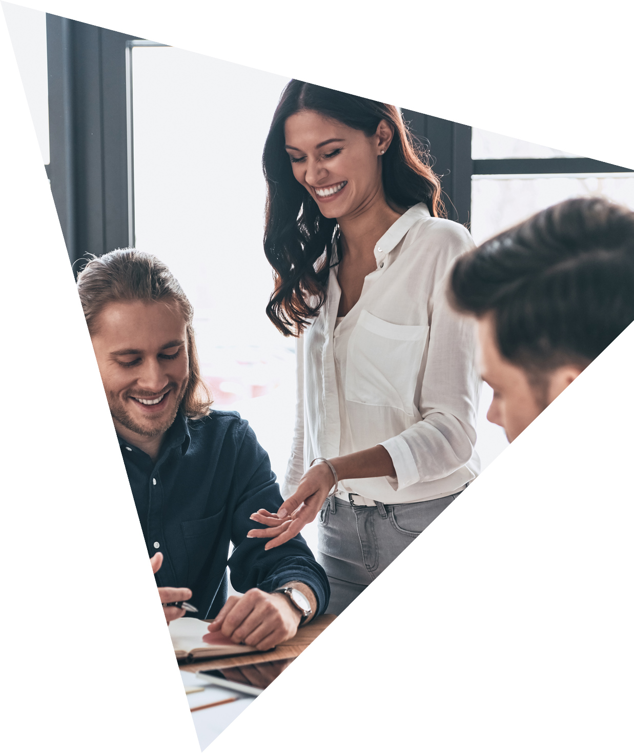 https://www.business-navigators.co.uk/wp-content/uploads/2020/07/leadership.jpg